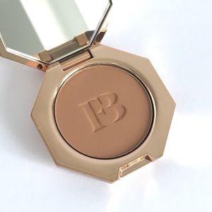 HOST PICK 💕 Fenty Beauty Mini Bronzer - Shady Biz